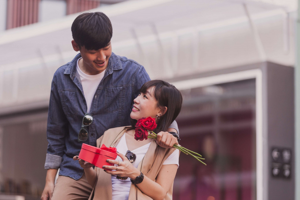 make your partner feel special by giving them chocolates