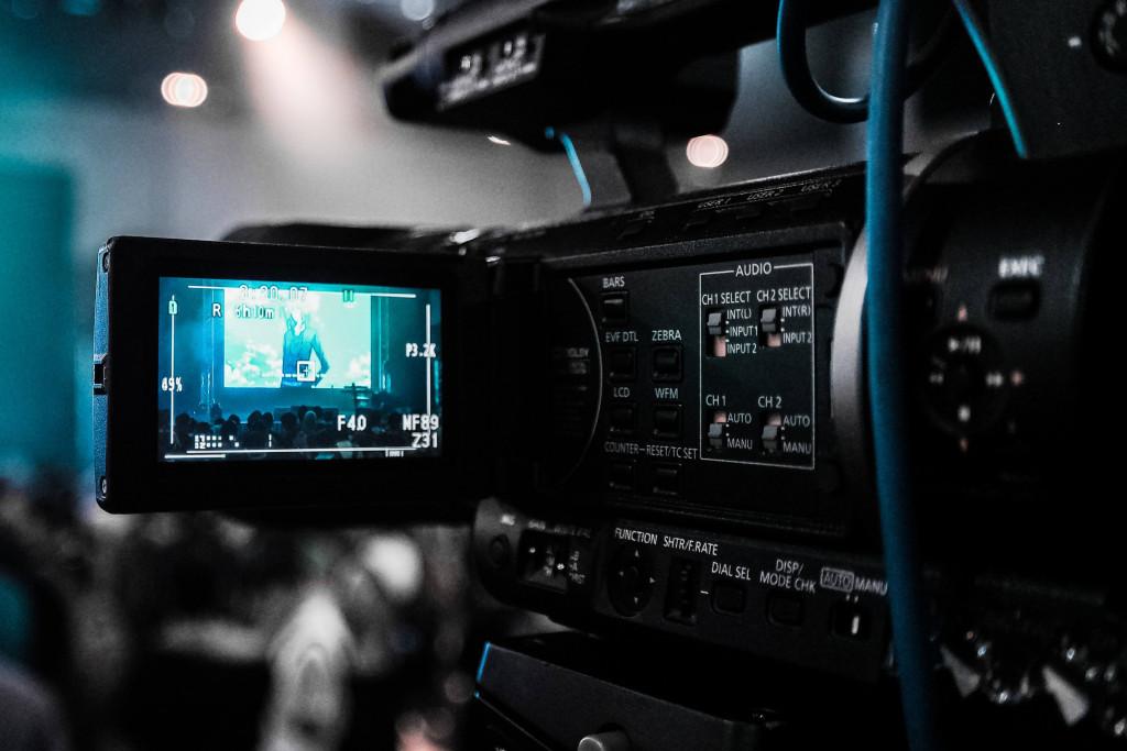 make a short movie