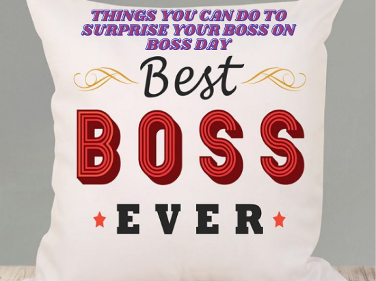 surprise your boss with gifts on boss day