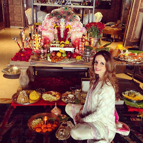 Organize Puja At Home