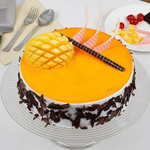 Cake with Mangoes