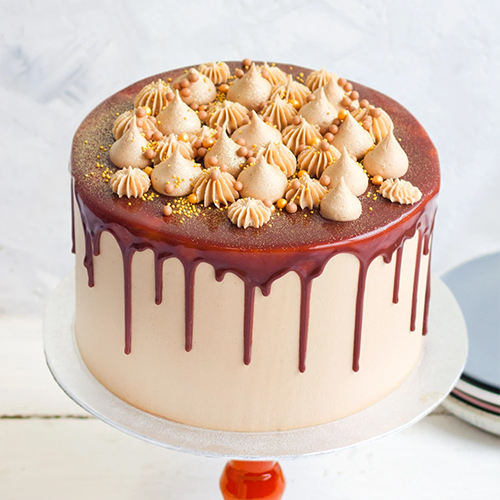 Caramel Cream Cake with Heavenly Caramel Sauce