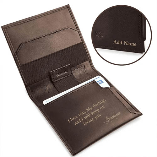 Minimalist wallet with personalization