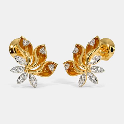Earrings to make her elegant
