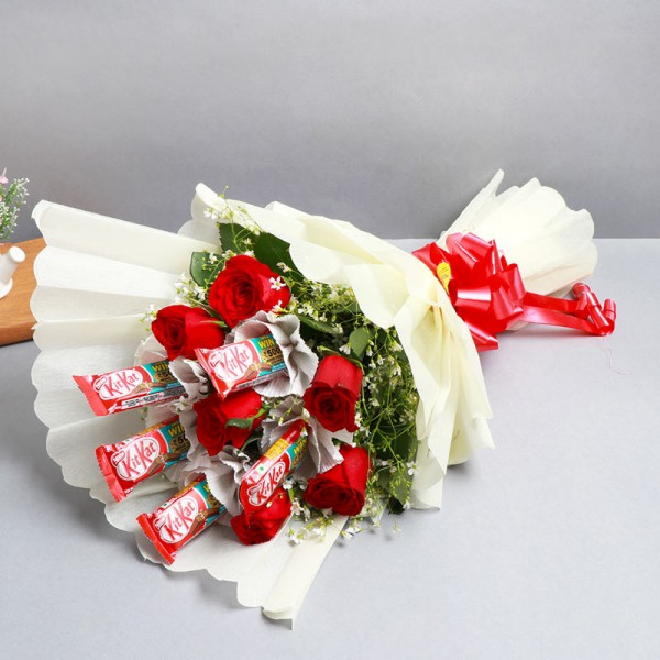 Kitkat Chocolates with Red Roses Bouquet