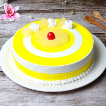 Half Pineapple Cream Round Shape Cake