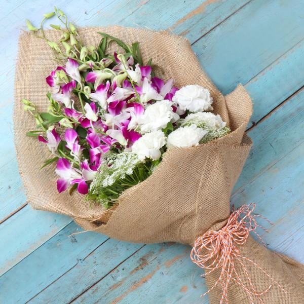 Jute Packing Flowers Arrangement