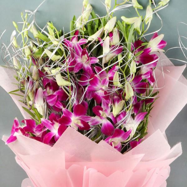 6 Orchids Bouquet