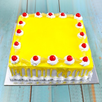 One Kg Square Shape Pineapple Cake