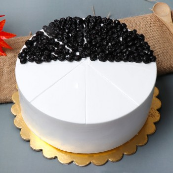 Half Kg Vanilla Blueberry Cake