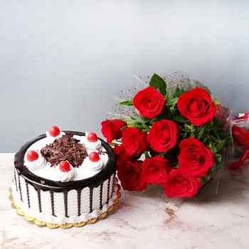 10 Red Roses Bunch with Half Kg Black Forest Cake