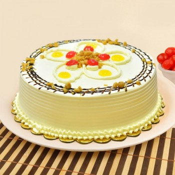 1/2 Kg Butterscotch Eggless Cake