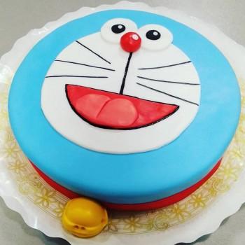 1 Kg Doremon Chocolate Fondant Cake