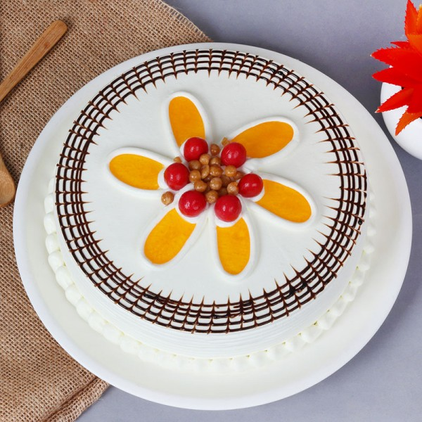 Half Kg Butter Flavor Cream Cake