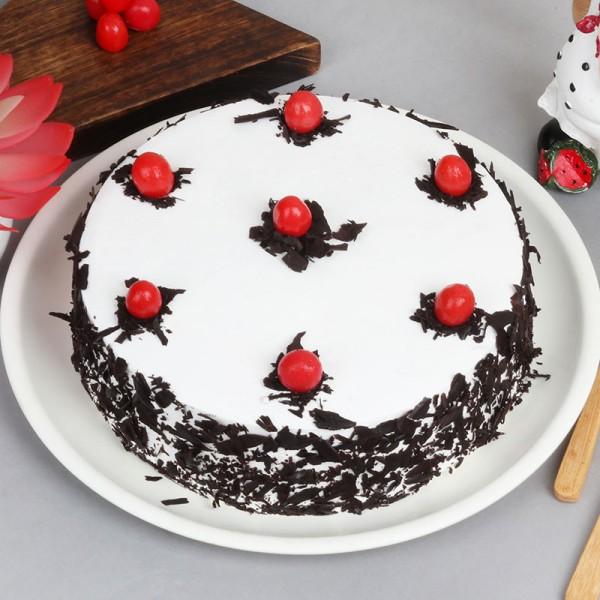 Black Forest Cake Half Kg