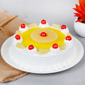 Half Kg Pineapple Cream Cake