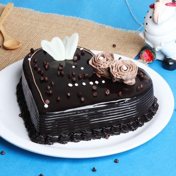 Half Kg Heart Shape Chocolate Truffle Cake