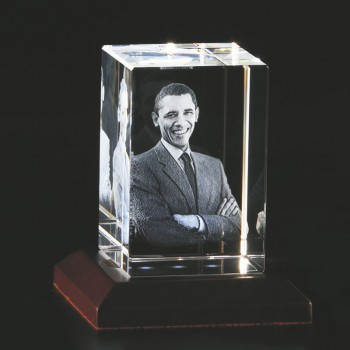 One 3D Crystal with Personalised Photo Inside