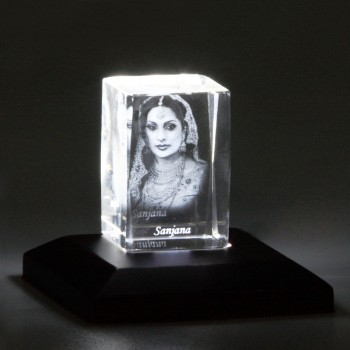 One 3D Crystal with Personalised Name and Photo Inside
