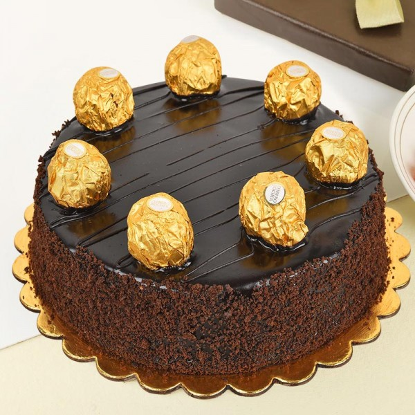 1/2 Kg Chocolate Cake containing 7 Ferrero Rocher chocolates
