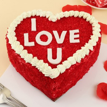 Half Kg Heart Shaped Red Velvet Cake