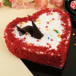 Velvety Heart Cake