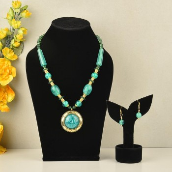 Exquisite Green Stone Necklace