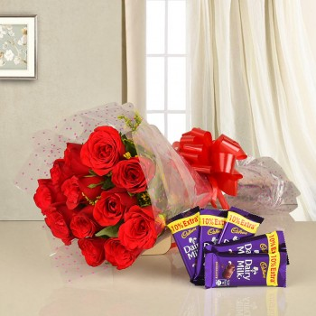 10 Red Roses wrapped in cellophane with 5 Dairy Milk Chocolates (13 Gms)