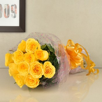 12 Yellow Roses wrapped in cellophane