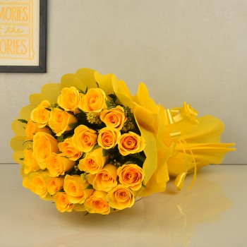 A Bunch 20 Yellow Roses with Paper Packing