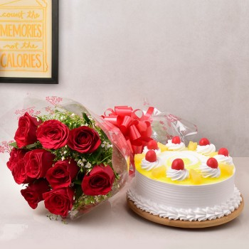 10 Red Roses Bunch with Half Kg Pineapple Cake