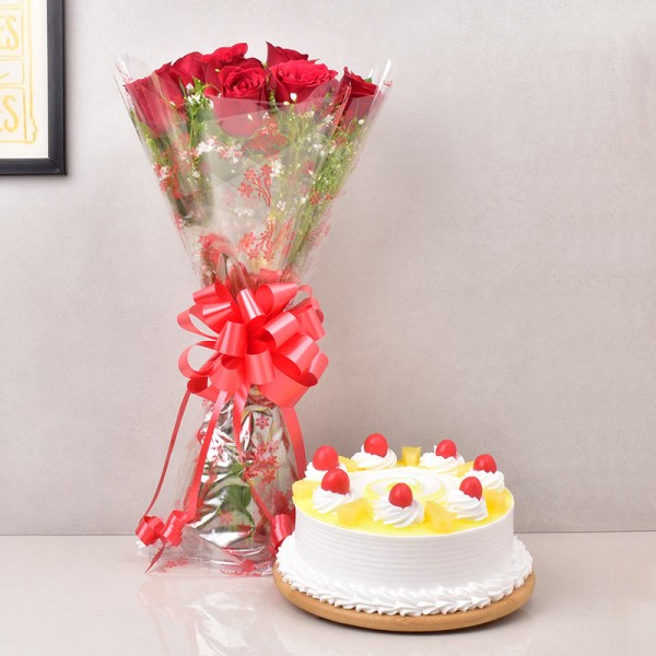 Red Roses with Round Pineapple Cake