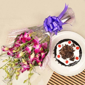 6 Purple Orchids Bouquet and Half Kg Black Forest Cake