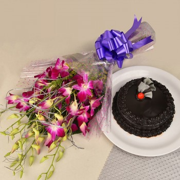 6 Purple Orchids Bouquet with Half Kg Chocolate Truffle Cake