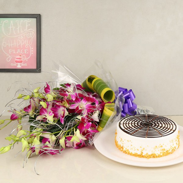 Purple Flowers with Round Butterscotch Cake