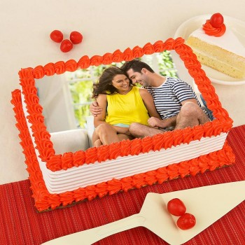 One Kg Square Shape Photo Pineapple Cake