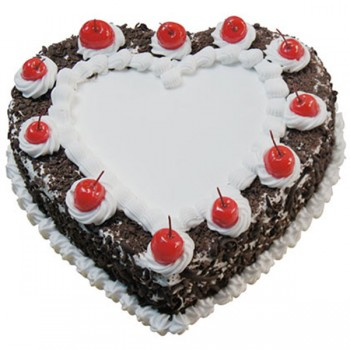 Half Kg Black Forest Heart Shape Cream Cake