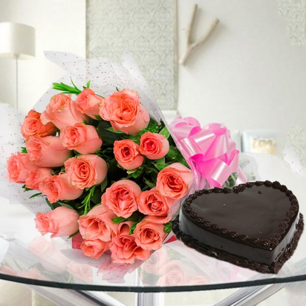 20 Peach Roses with 1 Kg Heart Shape Chocolate Cake