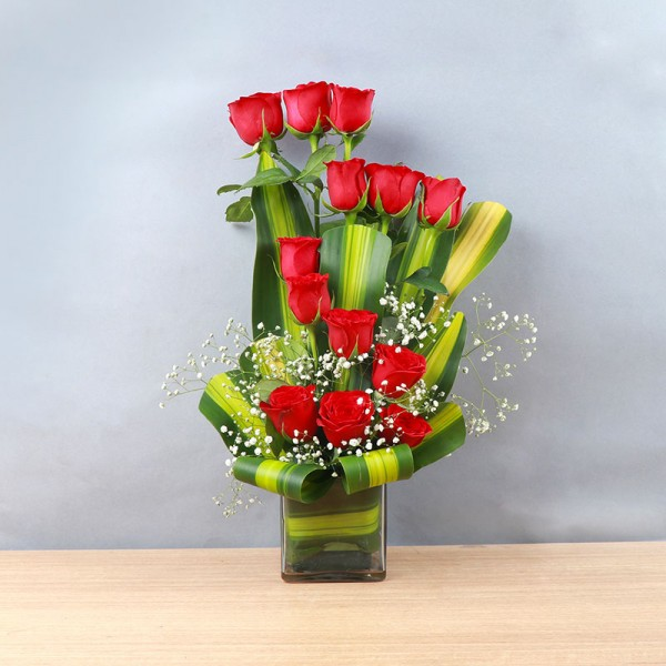 13 Red Roses in Glass Vase with leaves