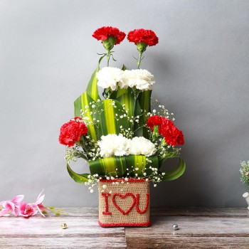 "10 Mixed Carnations (Red and White) in Glass Vase wrapped with jute packing and ""I Heart U"" written on it"