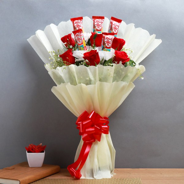 One Bouquet of 6 Red Roses and 5 Kitkat (13.2 gm) Chocolates