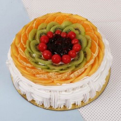 1 Kg Eggless Fruit Cake