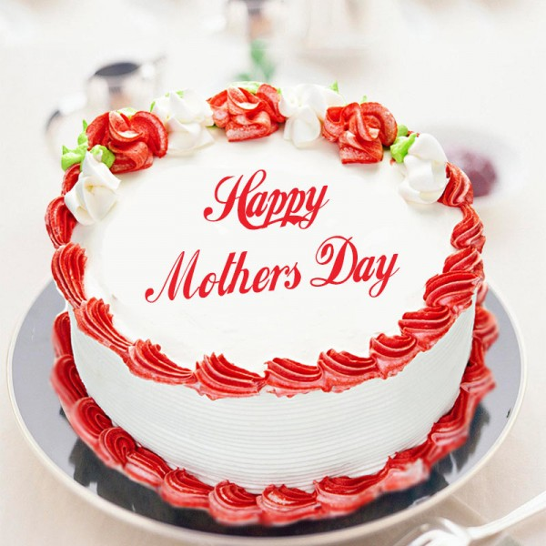 Half Kg Mothers Day Strawberry Cake