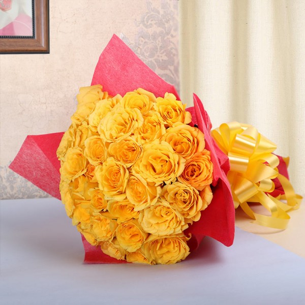 25 Yellow Roses in Paper Packing