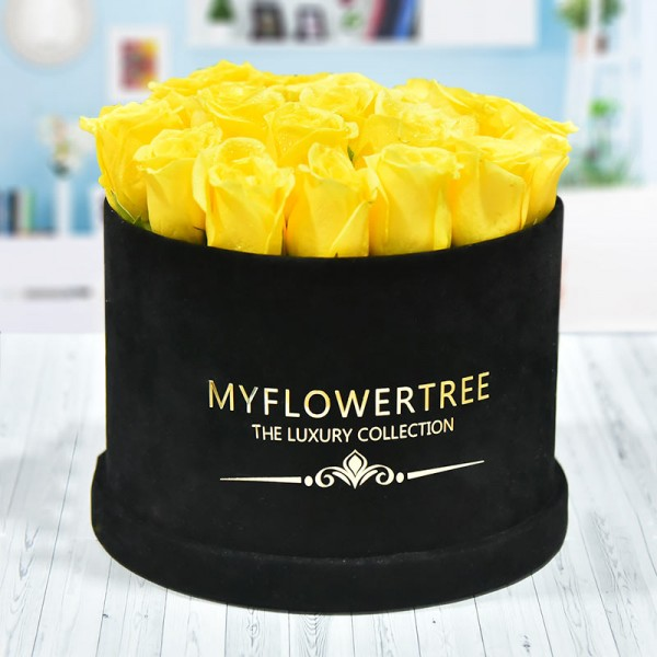 30 Yellow Roses in a Black Signature Velvet Box