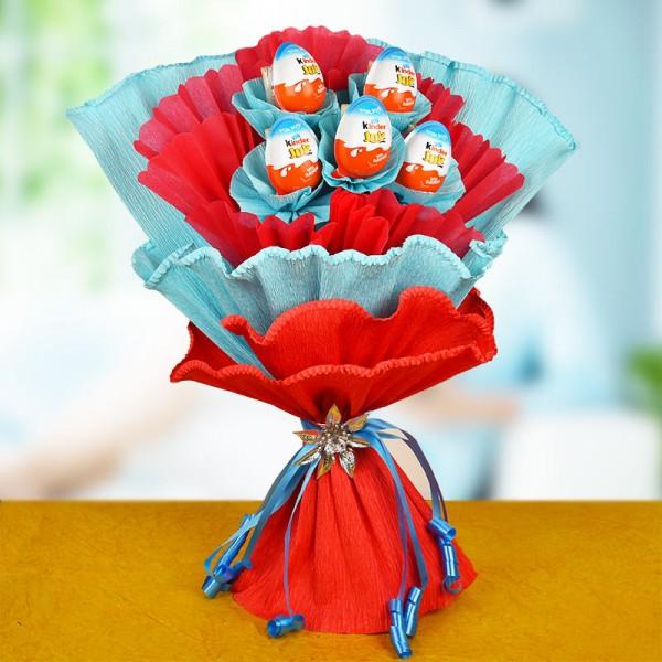 A bouquet of 5 Kinder Joy Chocolates
