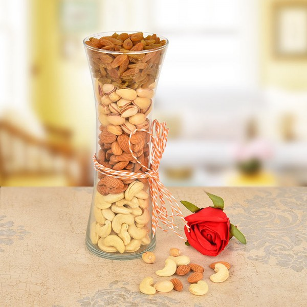 Vase full of Almond,Cashew,Pista,Raisins