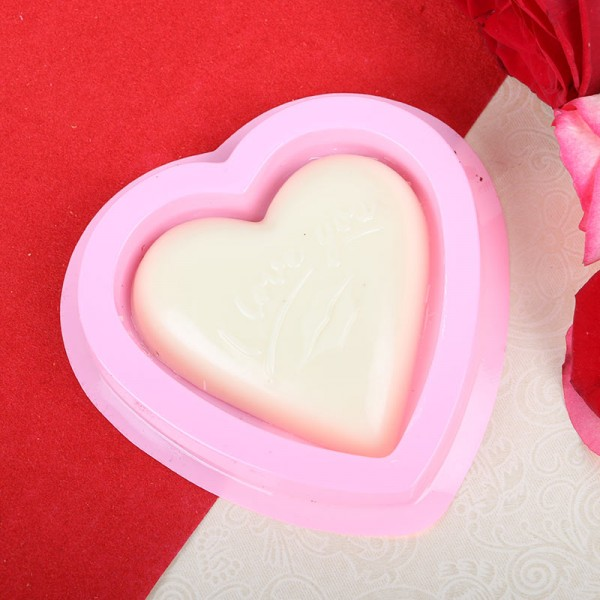 1 Heart-shaped White Chocolates