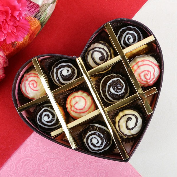 10 Assorted Heart Shape Chocolates in Heart Shape Box