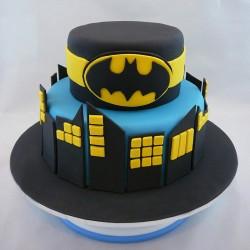 Boisterours Batman Cake